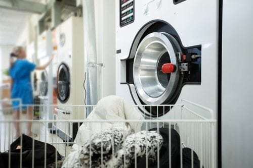 Reasons to Buy a Laundromat