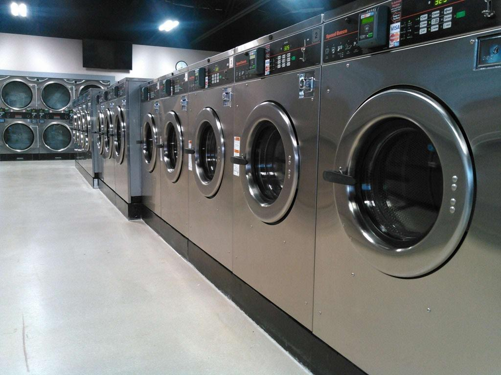 How to Find a Commercial Laundry Equipment Company
